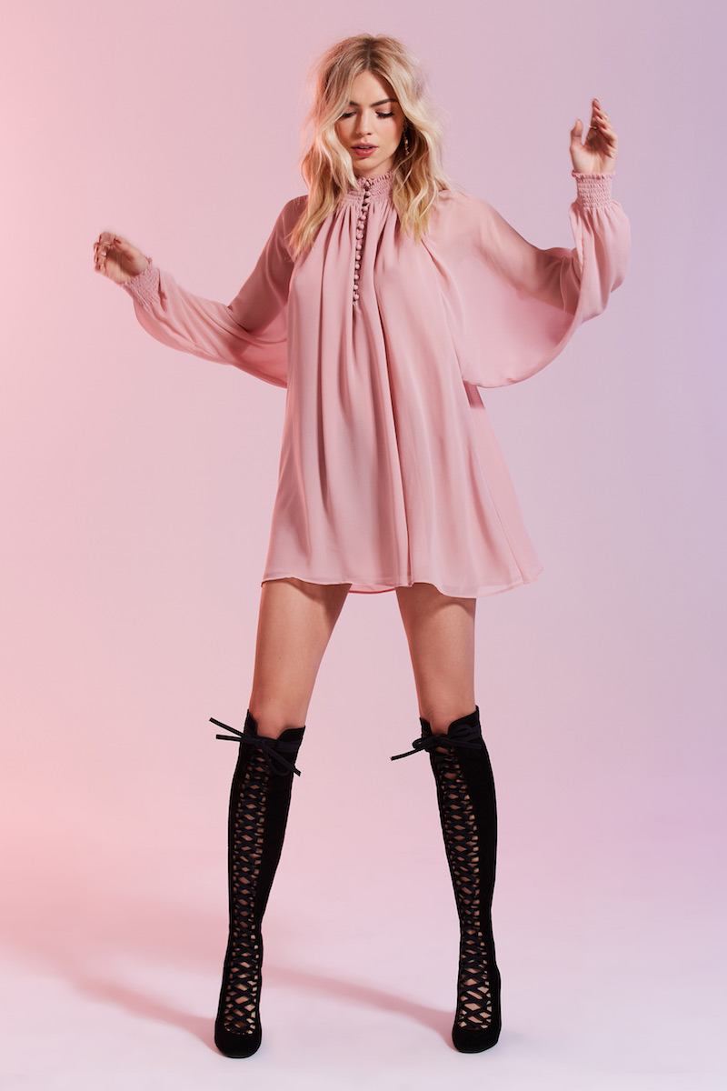 Nasty Gal Winnie Bell Sleeve Dress