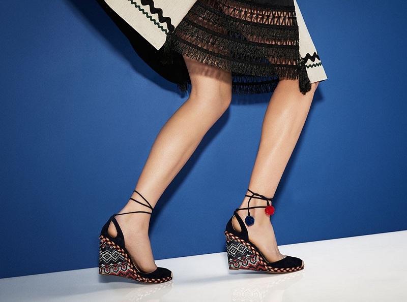 Aquazzura Pompom raffia ankle-strap sandals