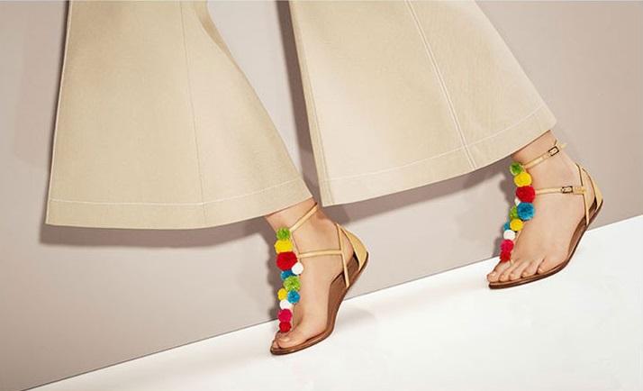 Aquazzura Pompom raffia flat sandals