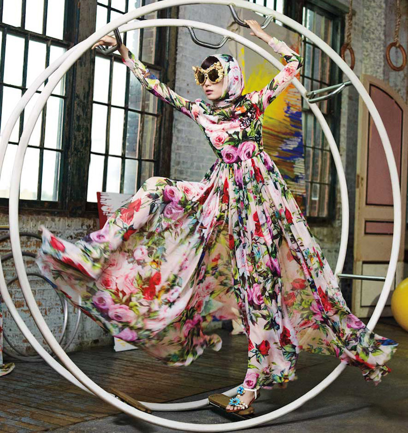 Dolce & Gabbana Long-Sleeve Rose-Print Gown