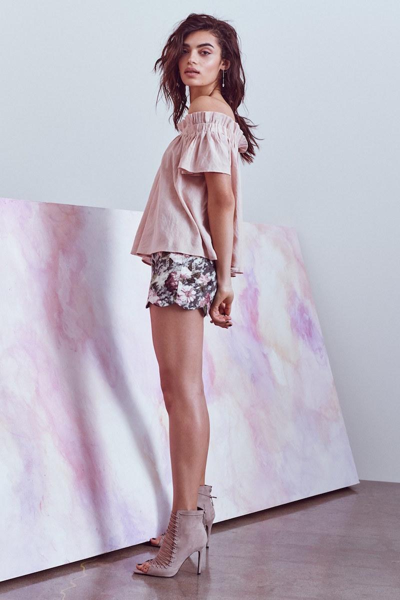 Love Sadie Floral Print Scallop Hem Shorts
