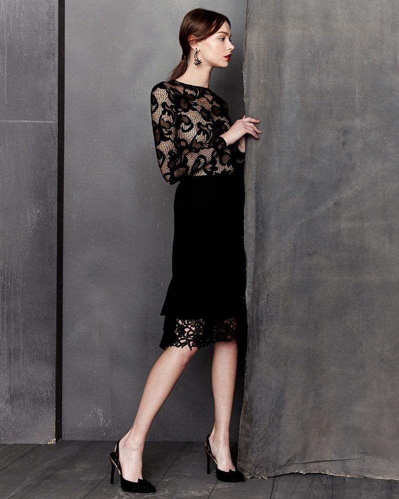 Oscar de la Renta Long-Sleeve Floral-Lace Pullover Top
