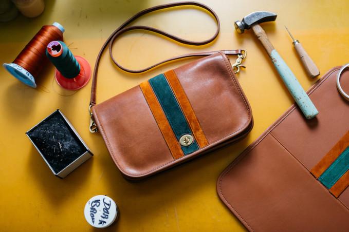 Coach Vintage Circa-1973 Coach British Tan Leather Striped Large Dinky Bag