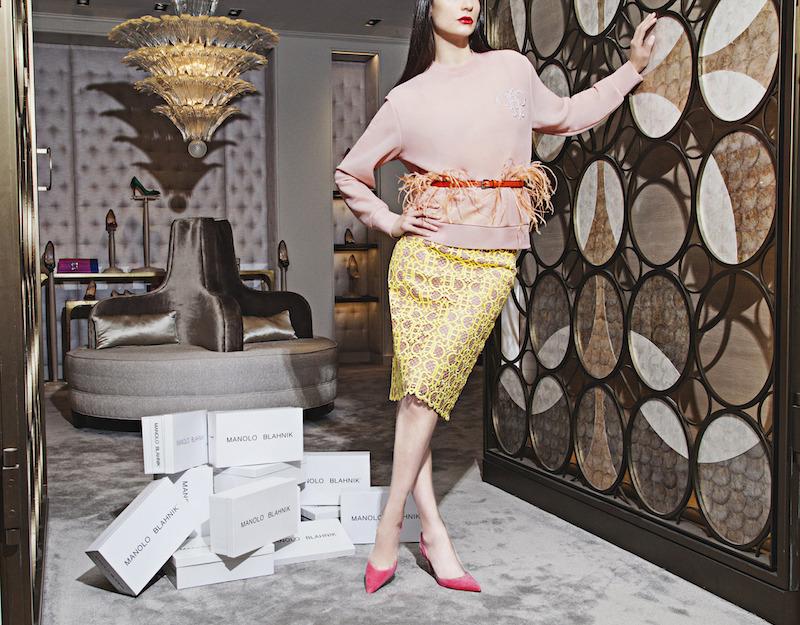 Manolo Blahnik Carolyne Suede Slingback Pumps in Pink