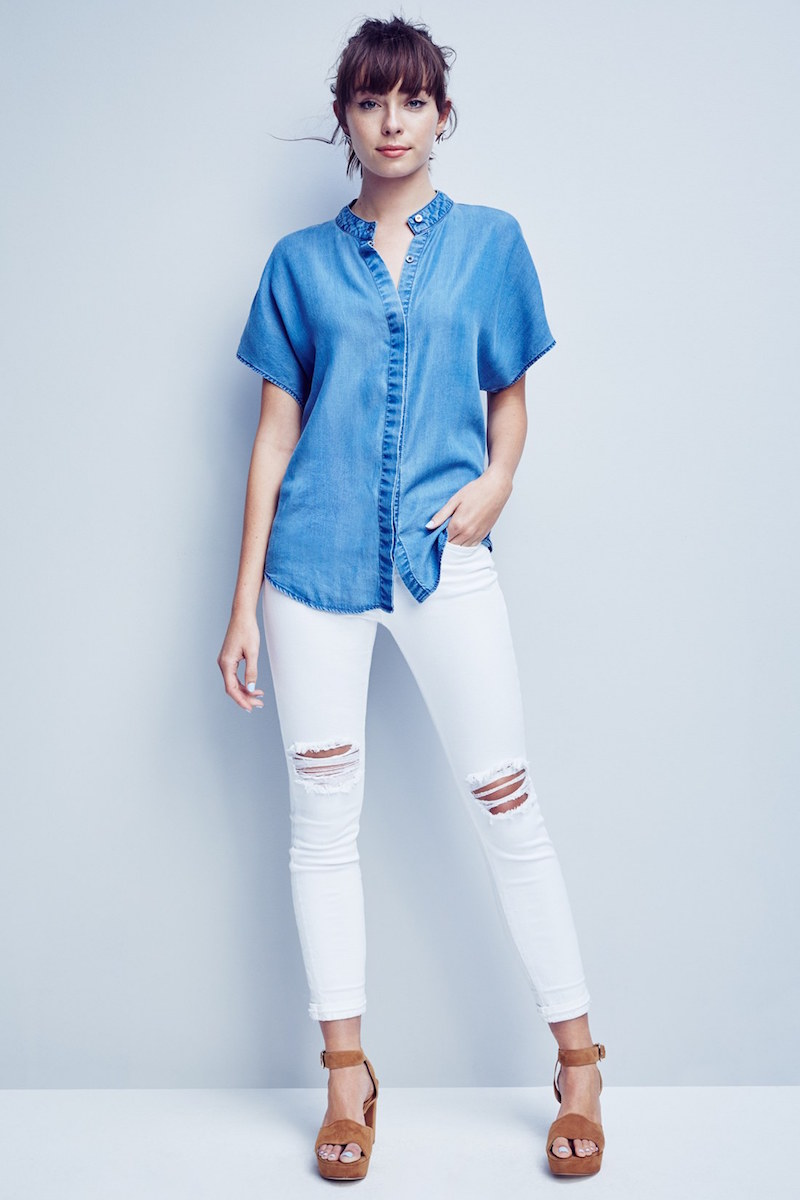 KENDALL + KYLIE Keyhole Back Chambray Top