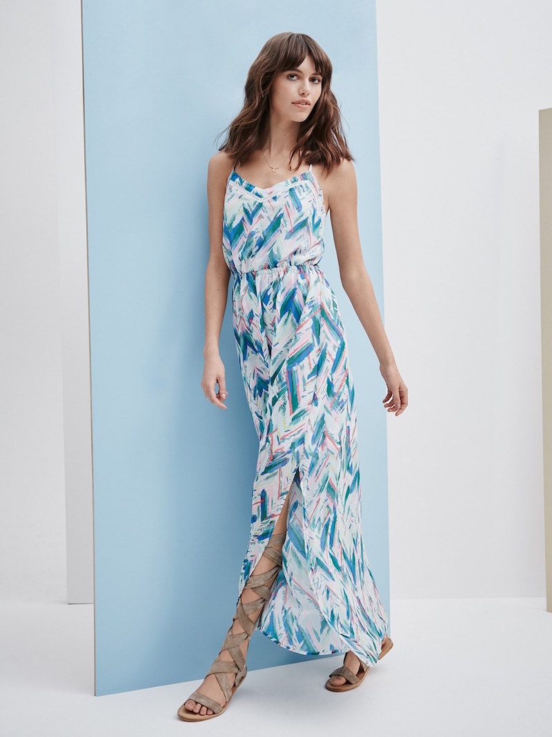 cupcakes and cashmere Indio Print Chiffon Maxi Dress