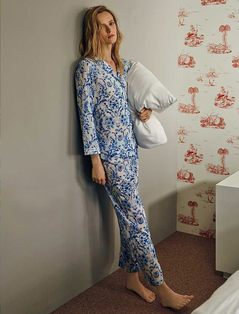 Oscar de la Renta Sleepwear Printed Cotton Signature Pajamas