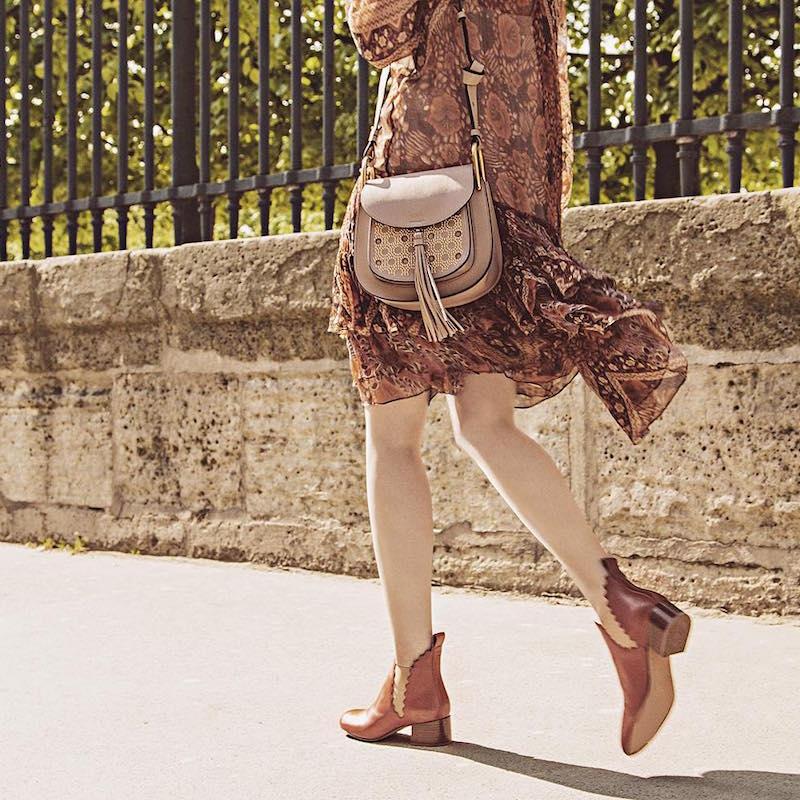 Chloé Hudson Small Studded Circle Leather Shoulder Bag