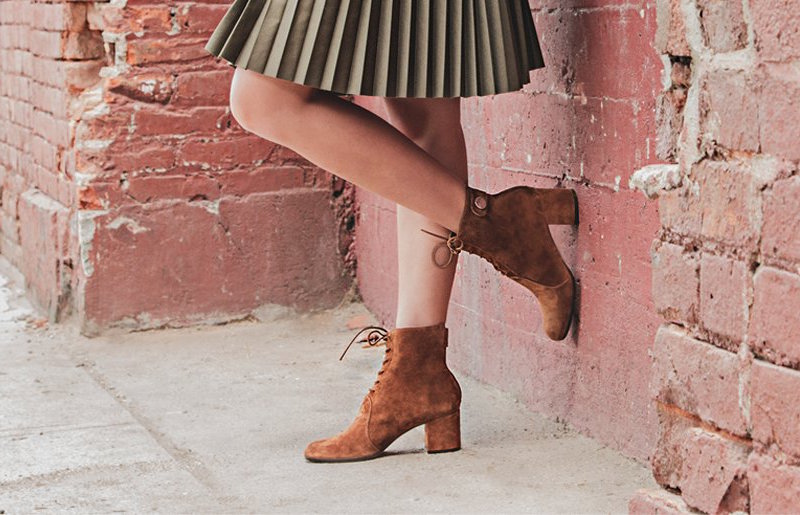 Gianvito Rossi Finlay Suede Lace-Up Block-Heel Booties