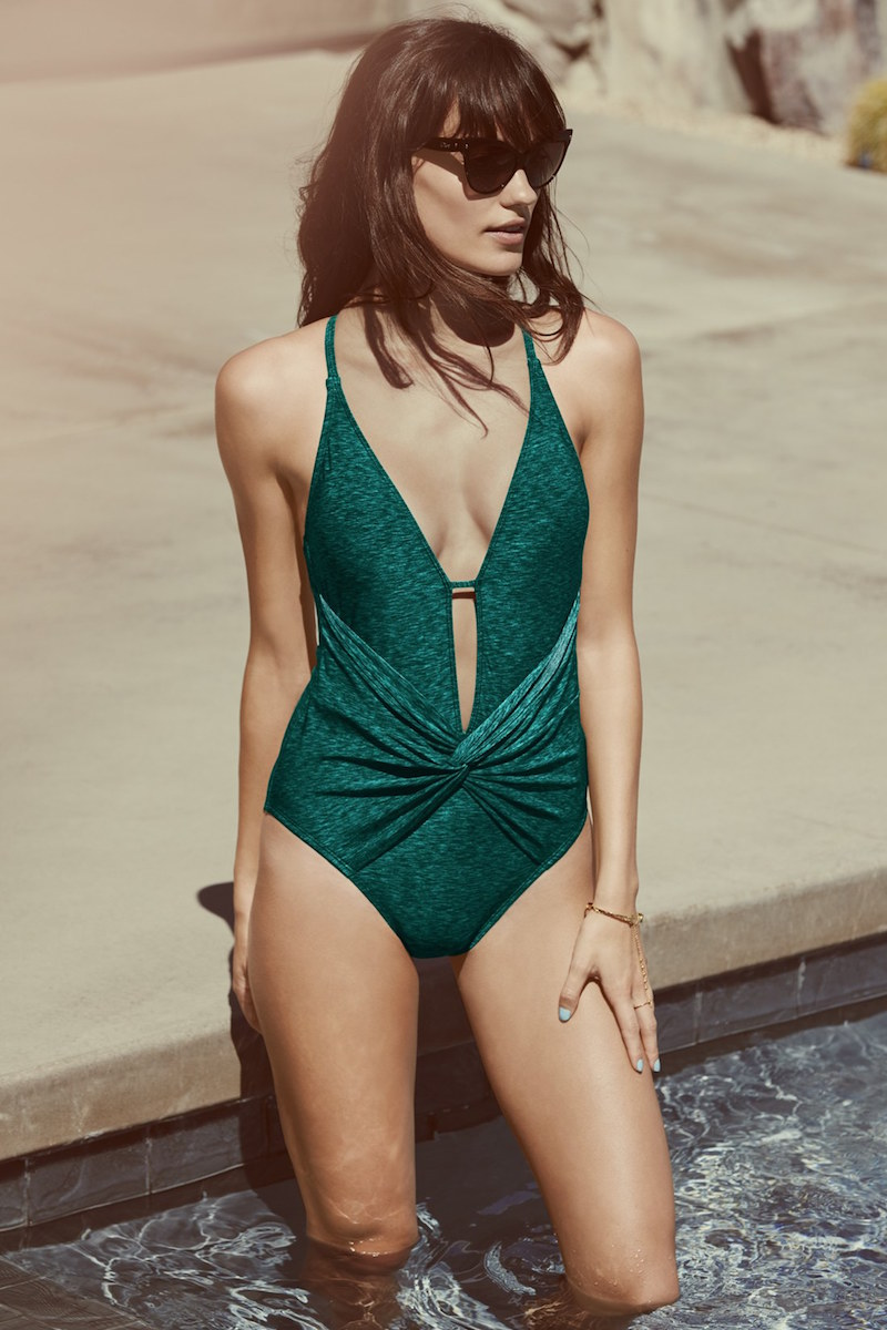 La Blanca Spruce It Up Twist Front One-Piece Swimsuit