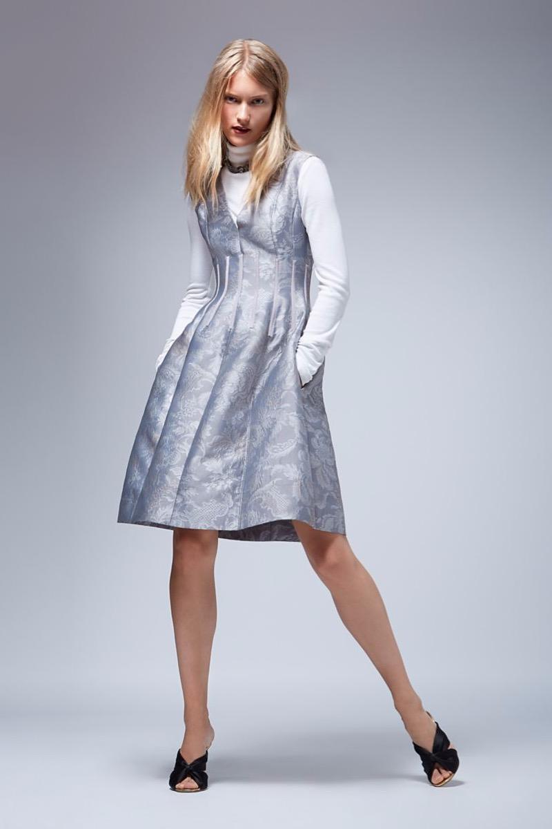 Oscar de la Renta Sleeveless V-Neck Dress