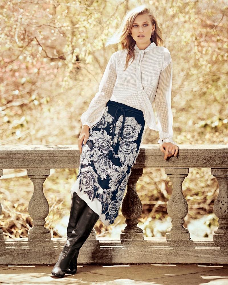 St. John Collection Nadia Rose-Print Flared Midi Skirt