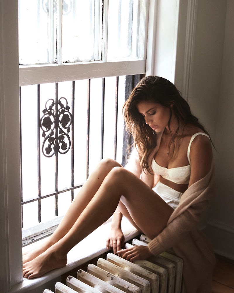 Hot Right Now Sara Sampaio For The Edit Nawo