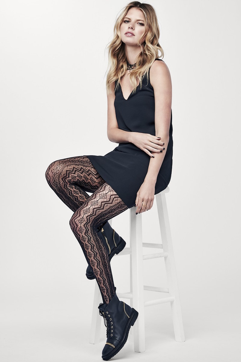 Hue Vertical Diamond Net Tights