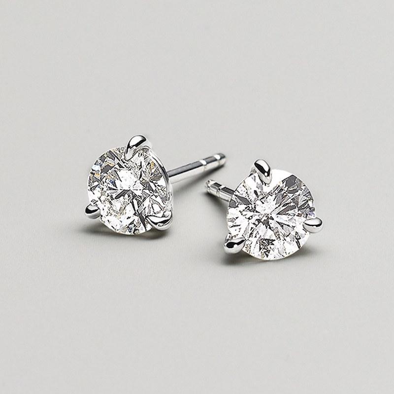 Kwiat 1.50ct tw Diamond & Platinum Stud Earrings
