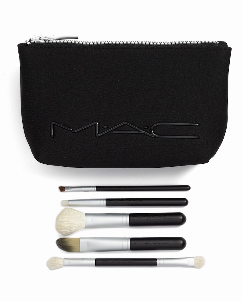 MAC Look in a Box Advanced Brush Kit