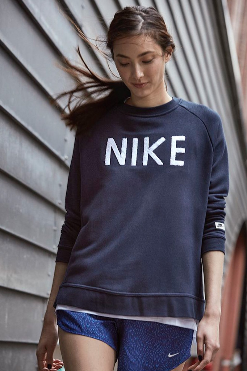 Nike Logo Crewneck Terry Sweatshirt