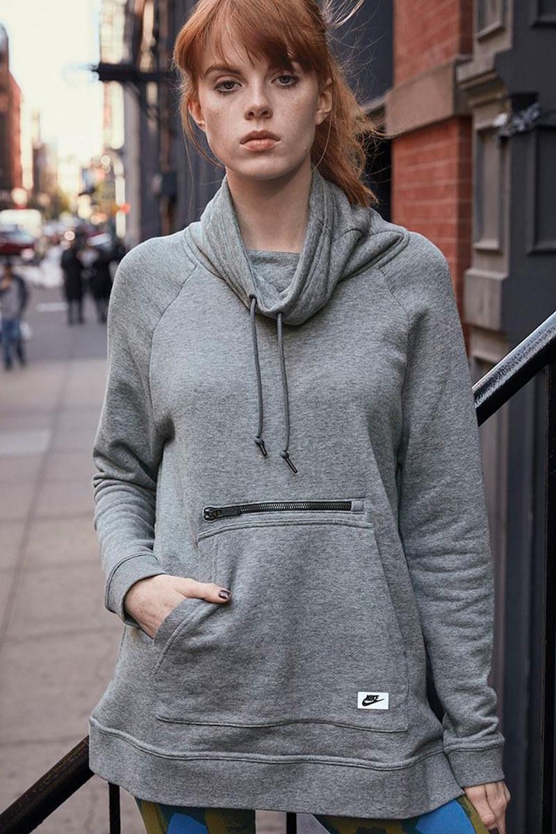Nike Modern Funnel Fleece Pullover