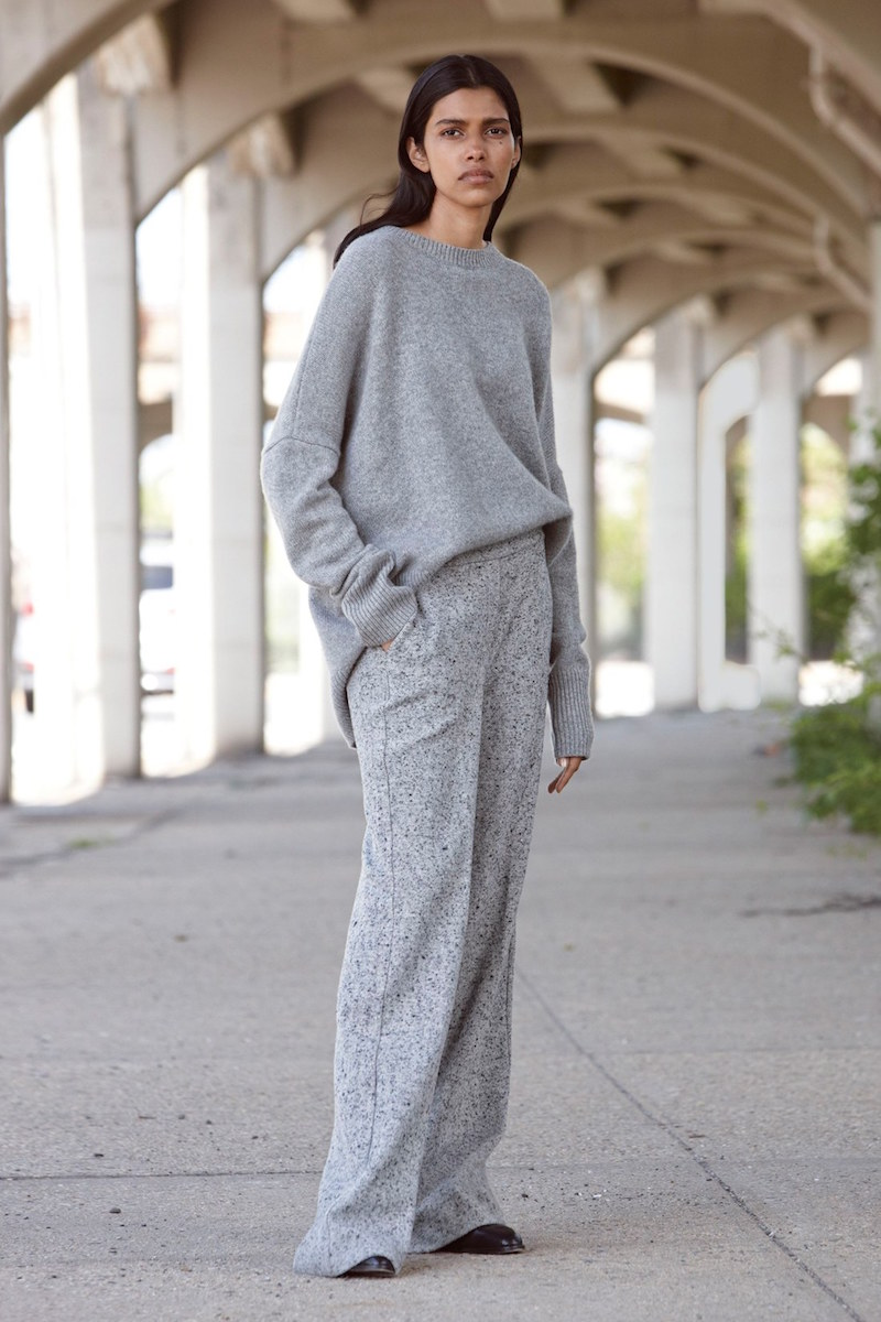 Theory Karenia Step Hem Cashmere Sweater