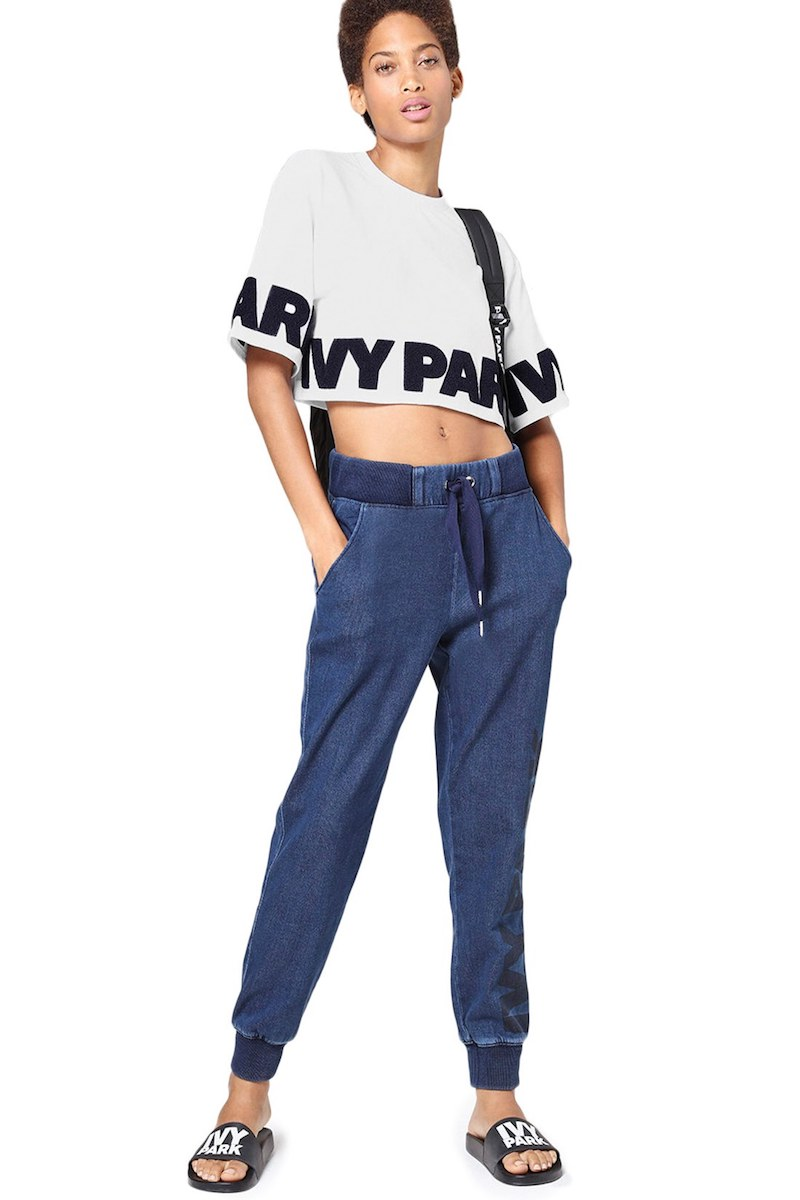 IVY PARK Chenille Logo Boxy Crop Tee