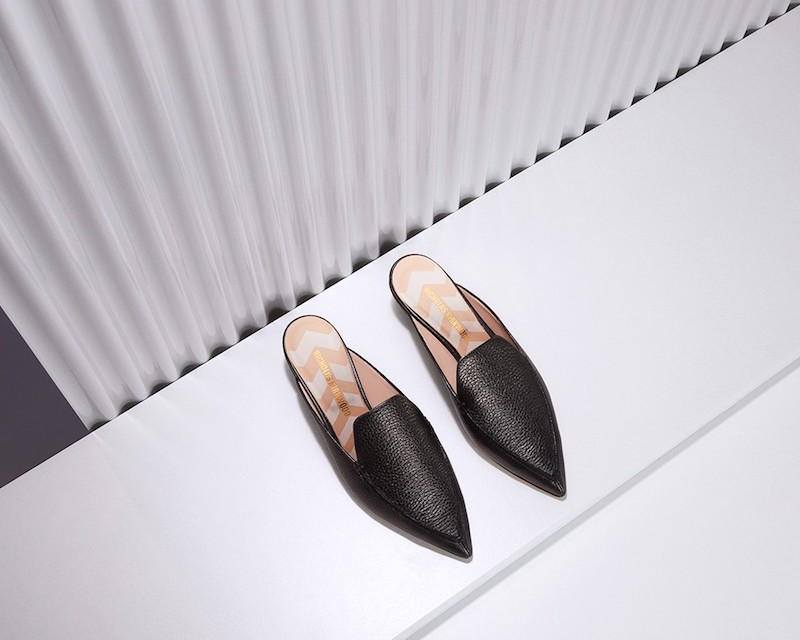 Nicholas Kirkwood Beya Grained-Leather Backless Loafers in Black