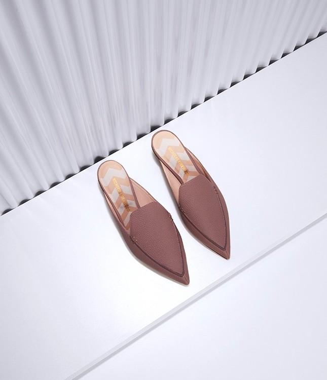 Nicholas Kirkwood Beya Grained-Leather Backless Loafers in Cloud-Grey