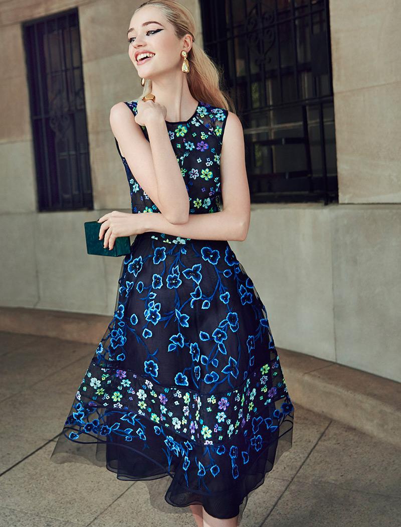 Oscar de la Renta Embroidered Organza & Lace Dress