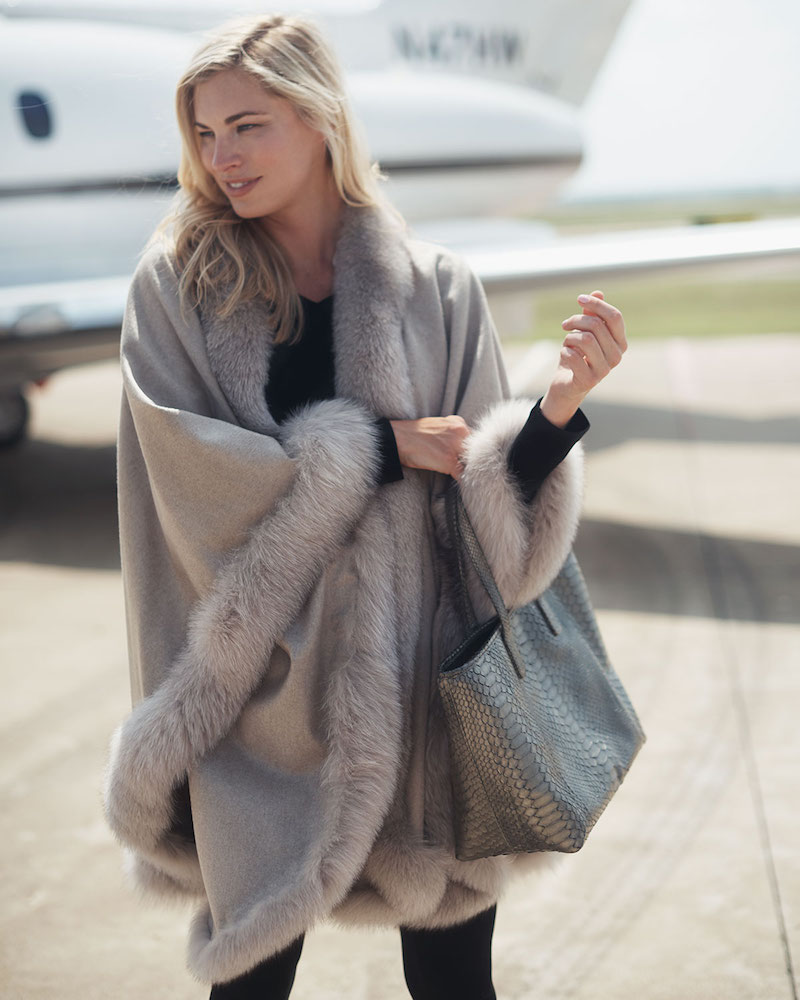 Bergdorf Goodman Cashmere Fox Fur-Trim Cape in Stone