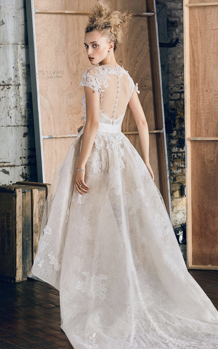 Fallwinter 2017 exclusive wedding collection at moda operandi nawo monique lhuillier m o exclusive hawthorn cascading gown ombrellifo Images