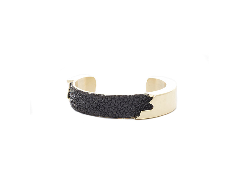 """Rustic Cuff 0.5"""" Dallas Stingray Bracelet"""