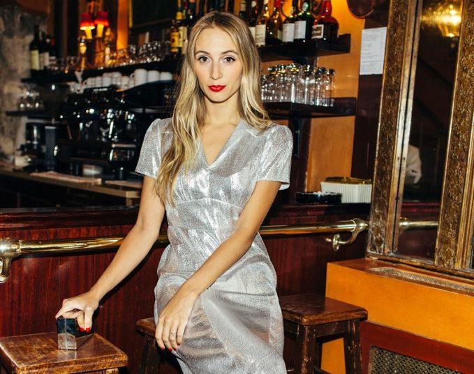 HVN Morgan short-sleeved lamé dress- -