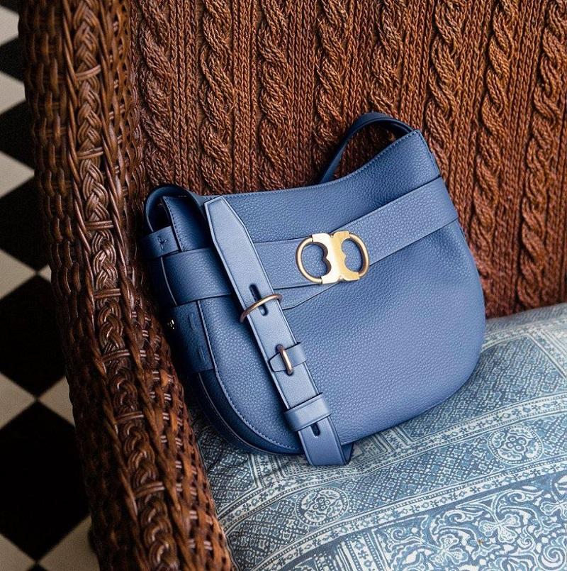 Tory Burch Gemini Link Shoulder Bag- -