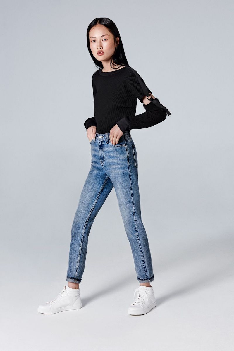 Topshop MOTO Mid Blue Mom Jeans