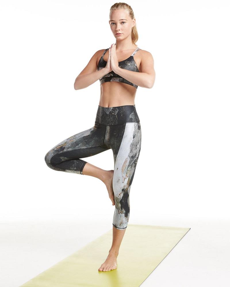 Alo Yoga Work-It-Out Performance Sports Bra