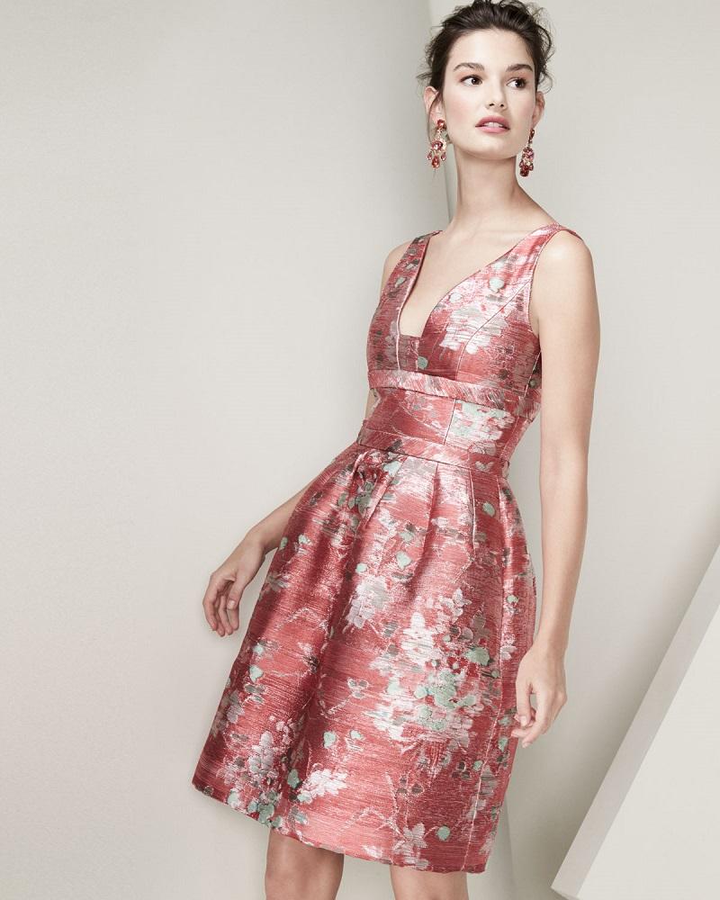 Carolina Herrera Sleeveless V-Neck Jacquard Cocktail Dress