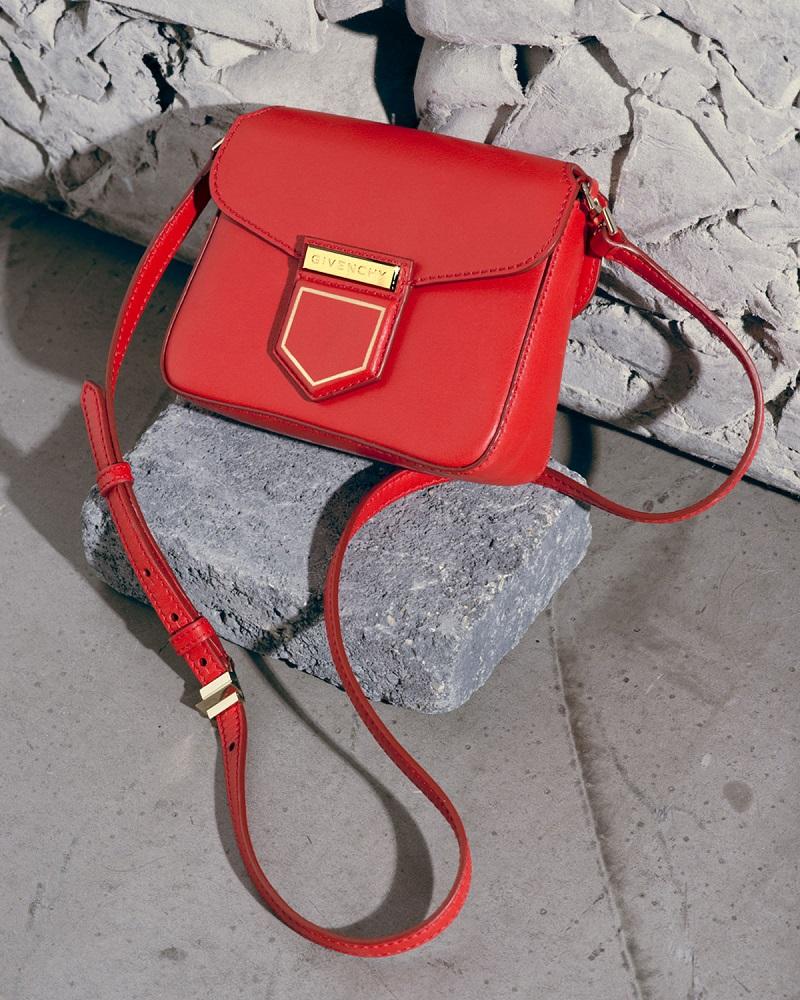 Givenchy Nobile Small Leather Shoulder Bag-