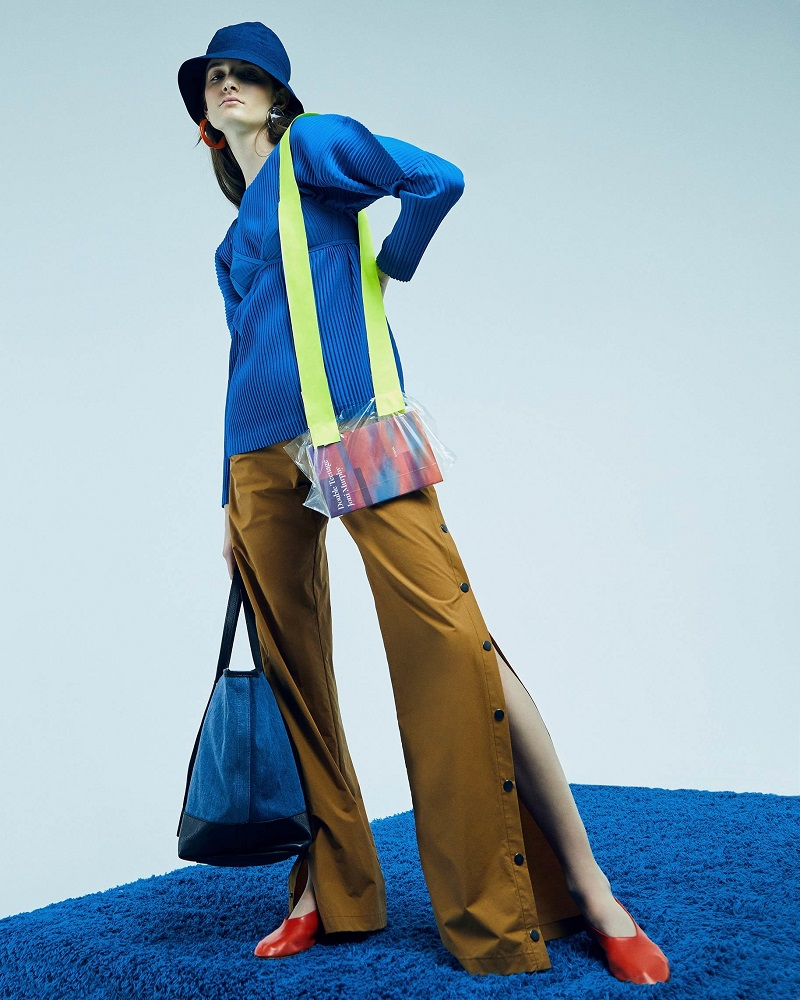 Homme Plissé Issey Miyake Blue Pleated Pullover