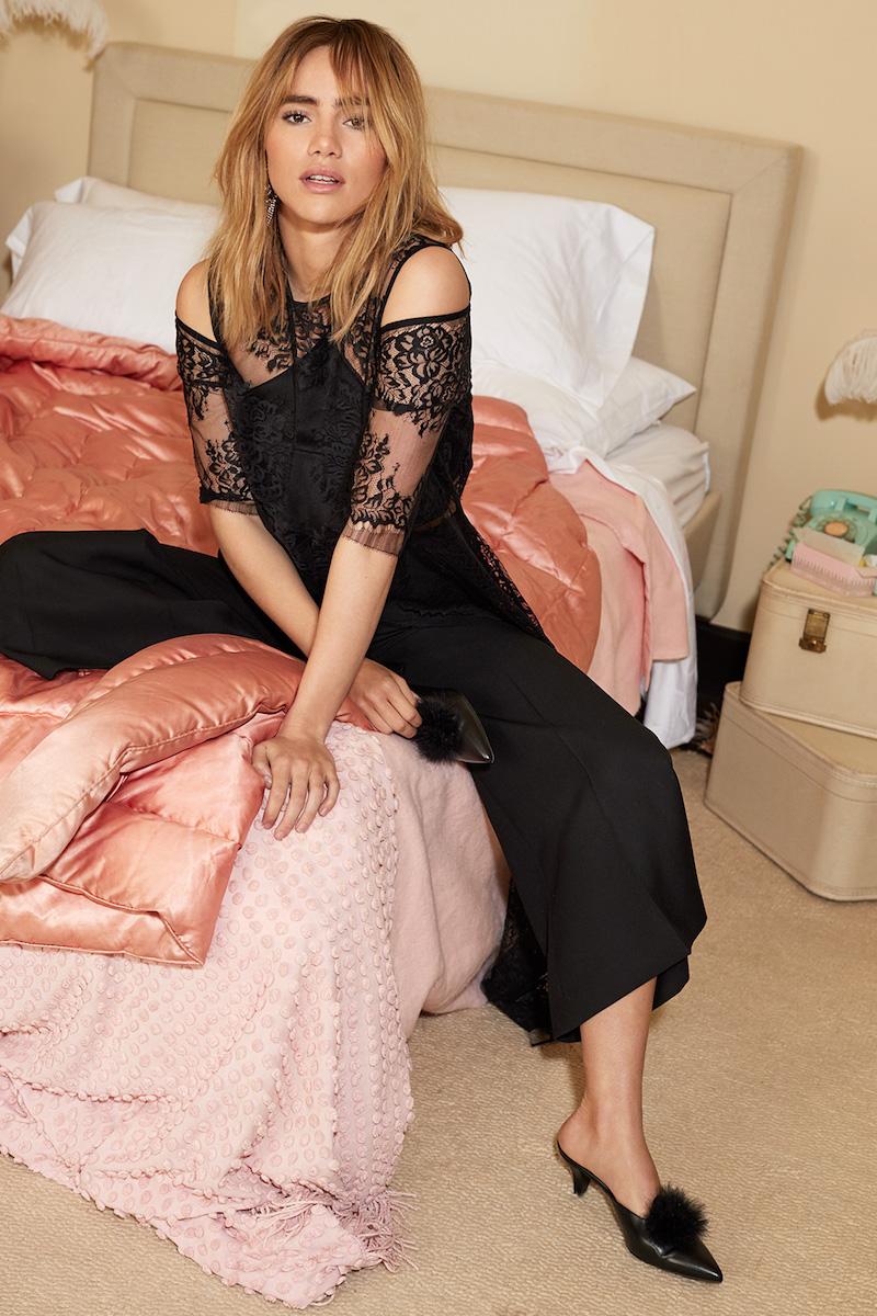 Michelle Mason Cold Shoulder Asymmetrical Tee