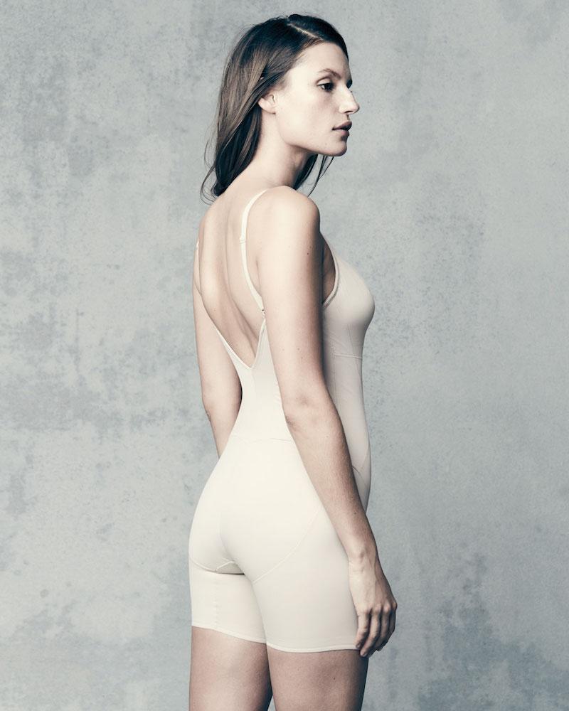 TC Shapewear Firm Control Low-Back Mid-Thigh Bodysuit Shaper