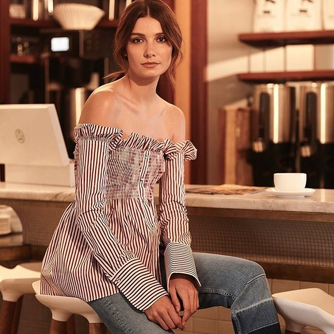 Victoria, Victoria Beckham Striped Off-The-Shoulder Shirt