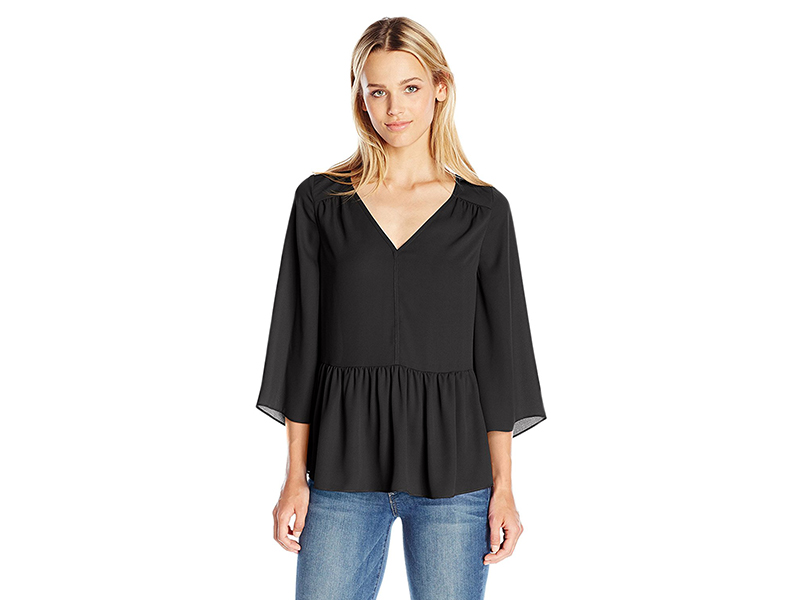 PARIS SUNDAY Standard Bell Sleeve V Neck Top