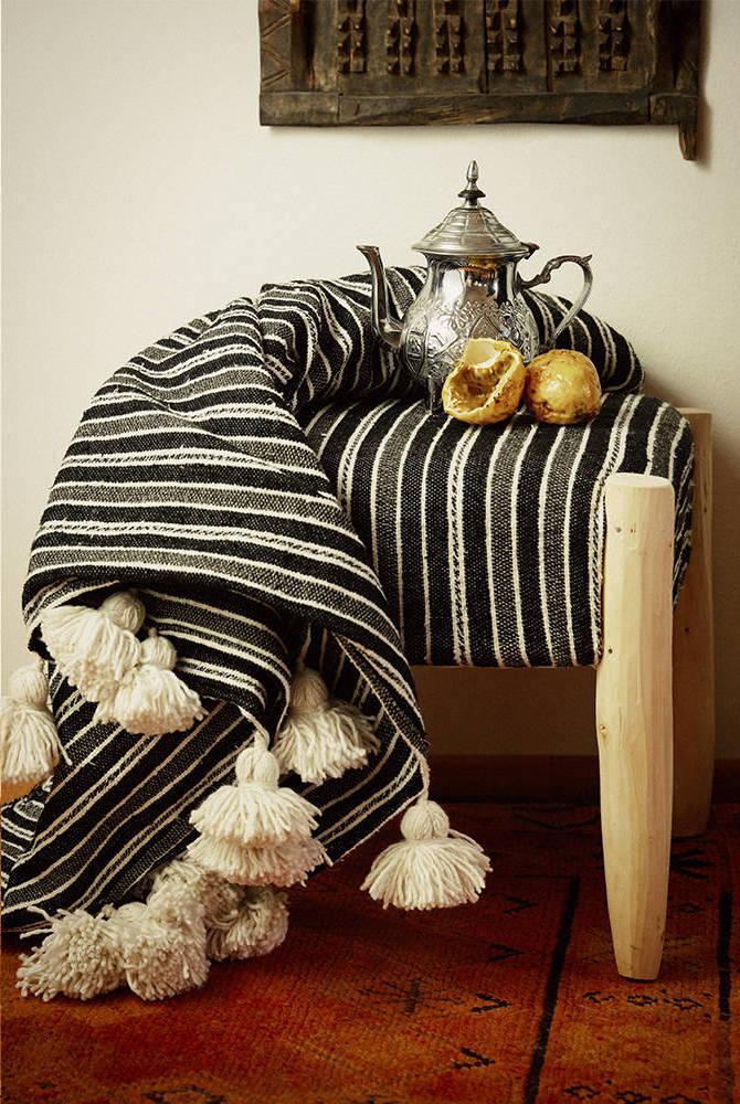 Soleil Maroc Handmade Blanket with Tassels