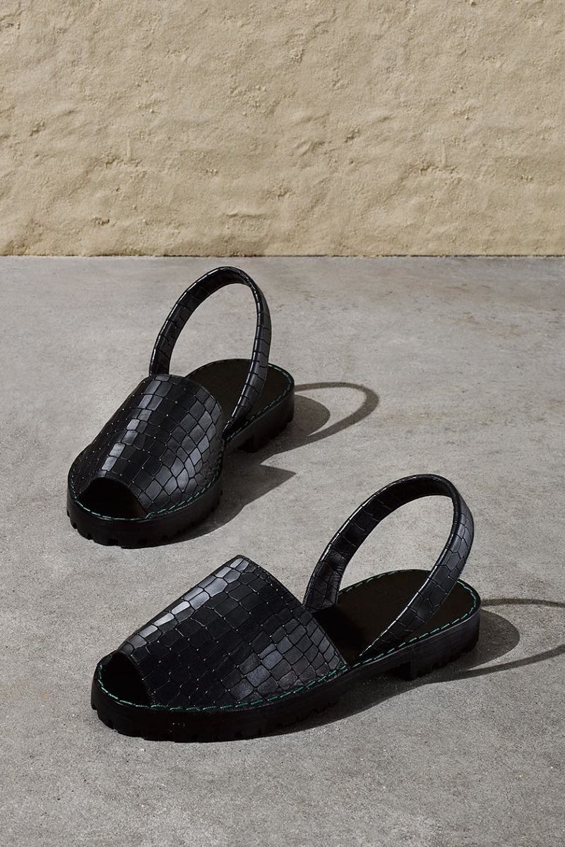 Goya Crocodile-effect leather slingback sandals