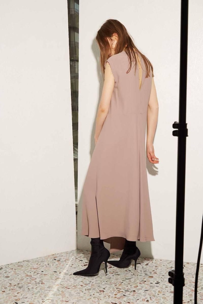 Raey Split-Front Sleeveless Crepe Dress