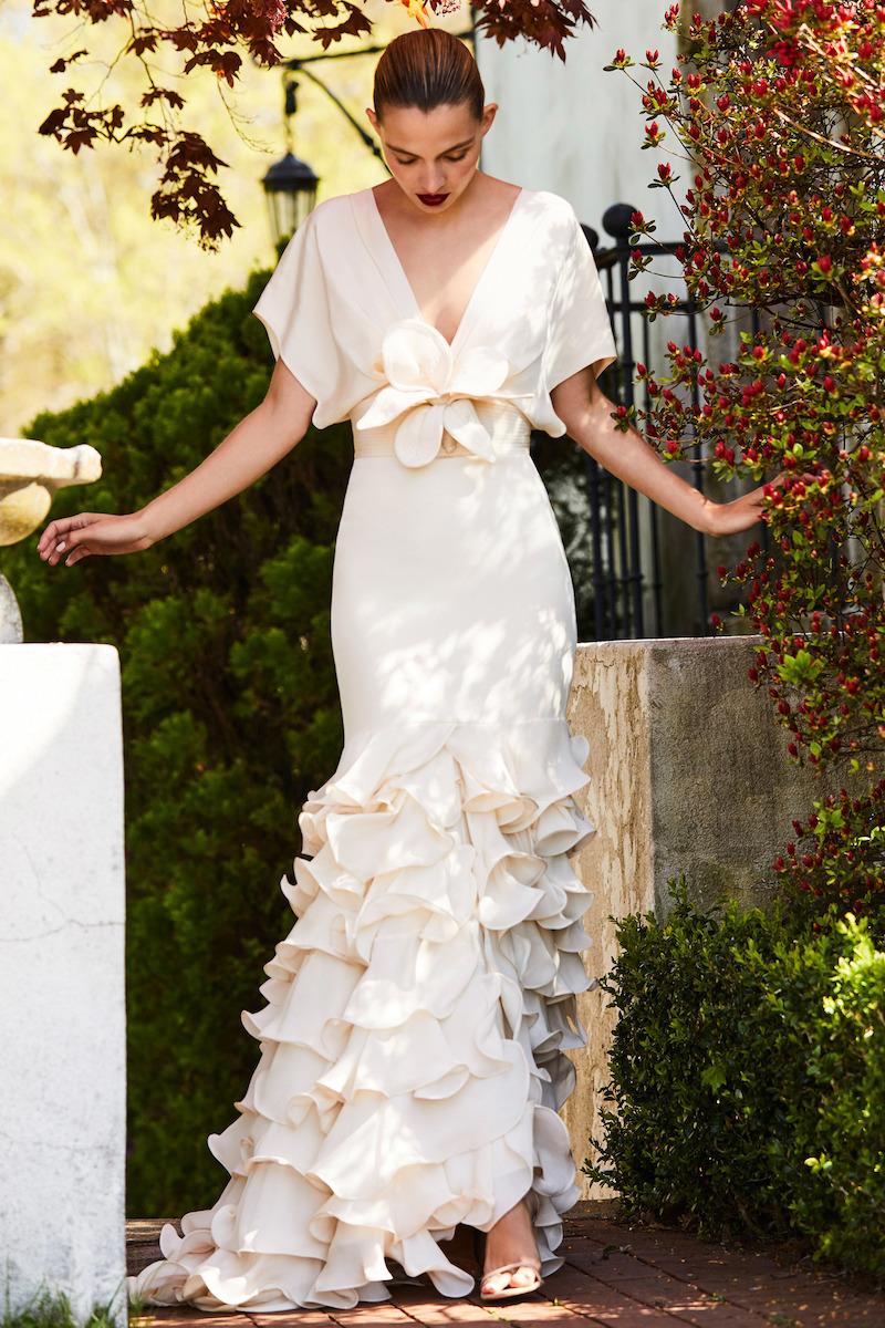 Johanna Ortiz M'O Exclusive Una Rosa En Invierno Dress