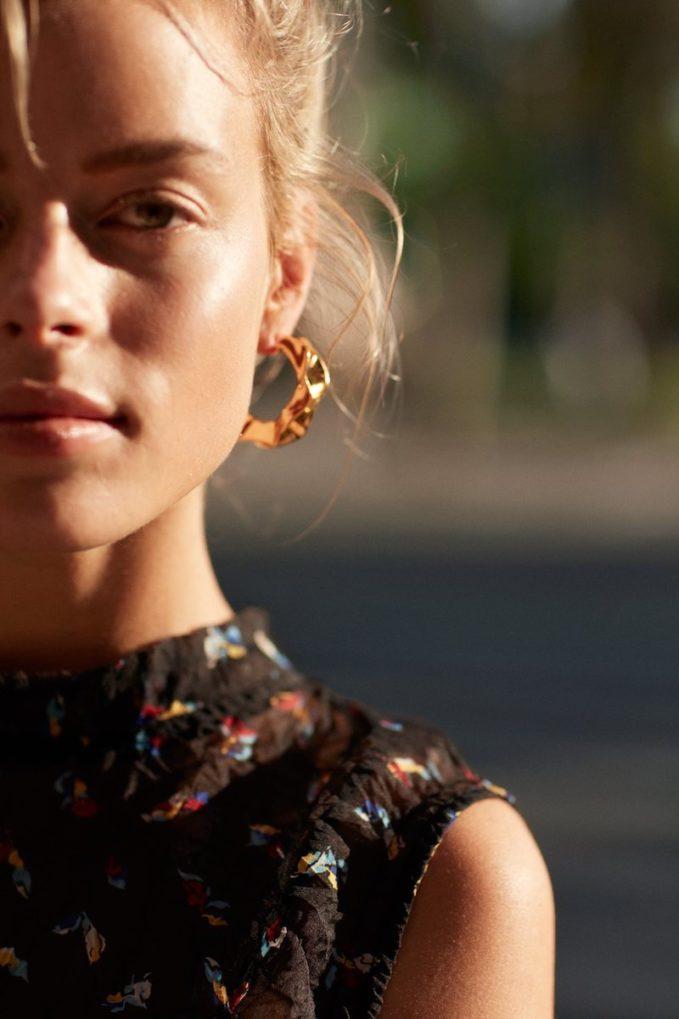 & Other Stories Rippling Waves Hoop Earrings