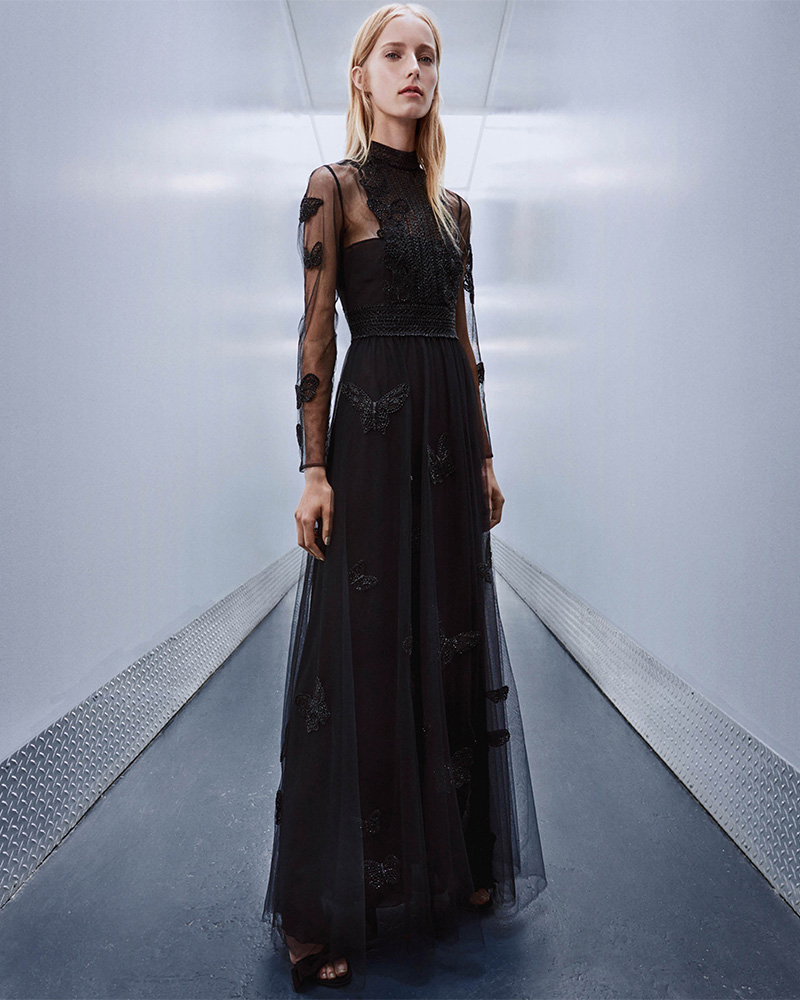 Tunnel Vision: Valentino Fall 2017 Lookbook at Barneys New York – NAWO