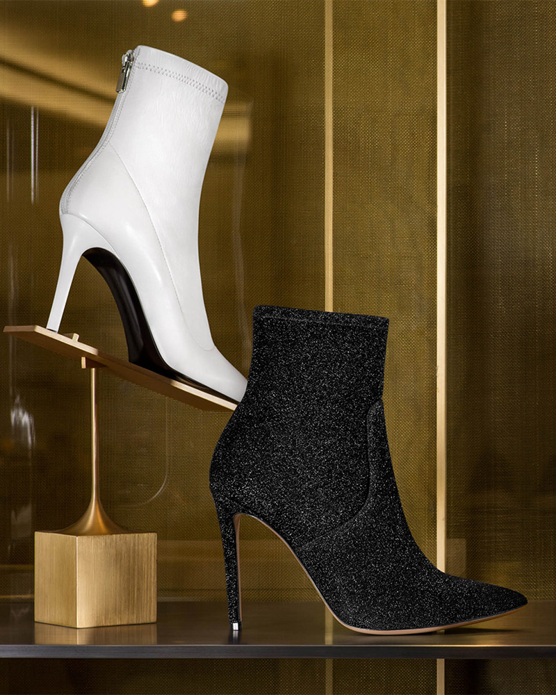 Barneys New York Lula Leather Ankle Boots