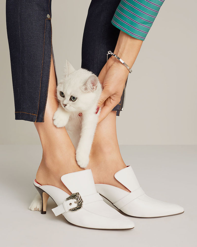Dorateymur Cabriolet Buckle Mule Pumps
