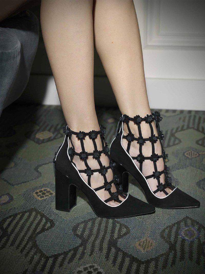 Fabrizio Viti Daisy-Appliquéd Ankle Boots